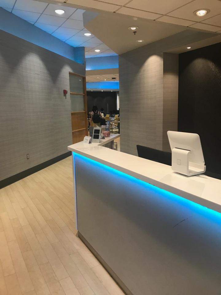 Review: The Lounge Boston Logan InternationalAirport