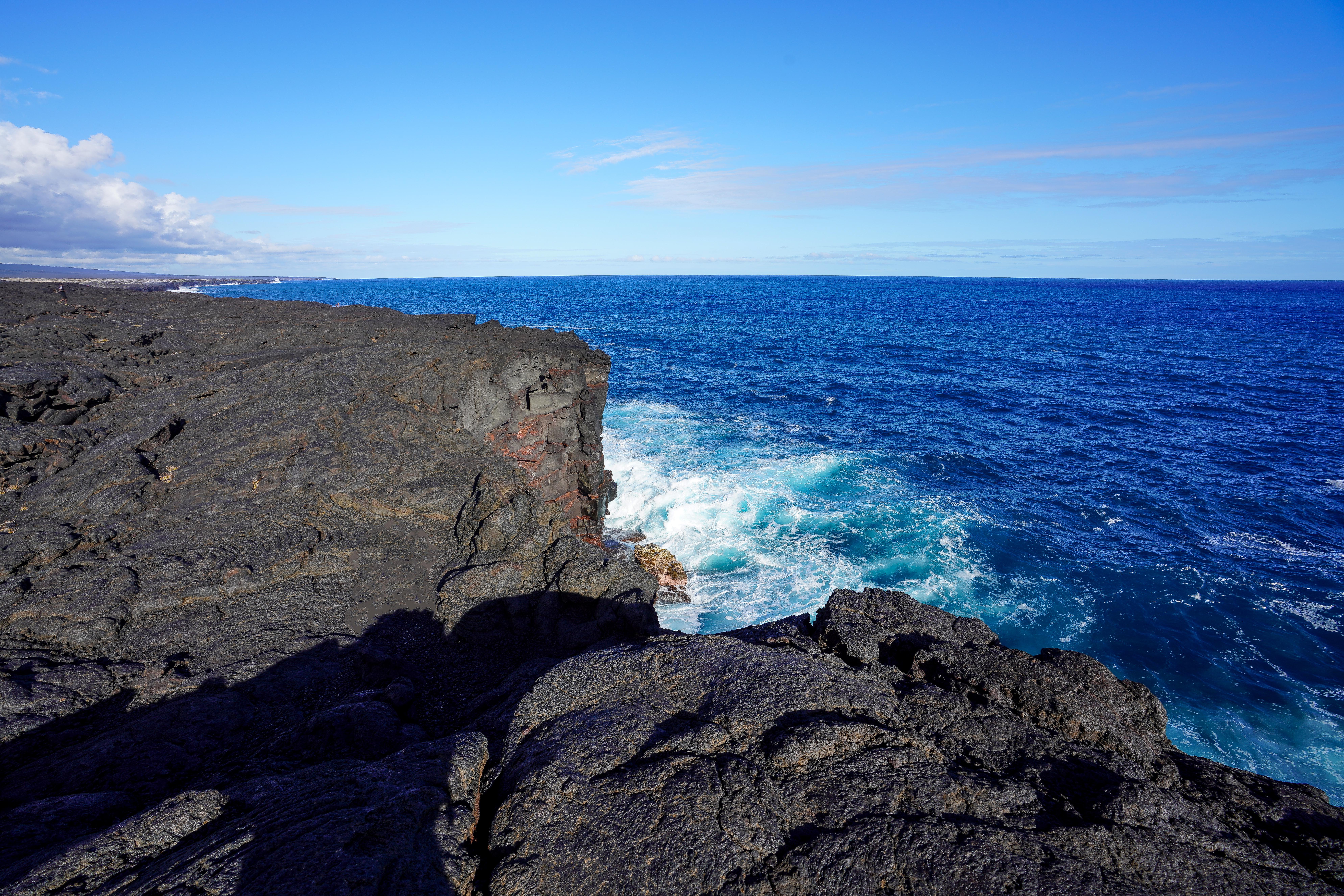 VolcanoesNPLavaCliffs