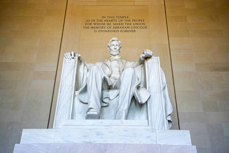 LincolnStatue