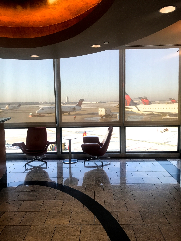 Review: Delta Sky Club O'Hare International Airport Terminal2